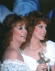 A photograph of Dottie West and daughter, Shelly West together at a CMA Awards show appearance.